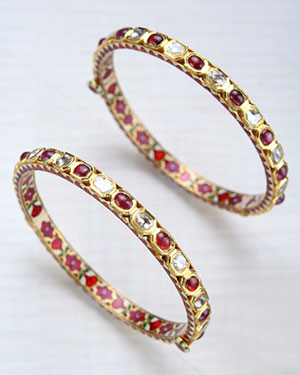 exotic Uncut diamond with Ruby Bangles
