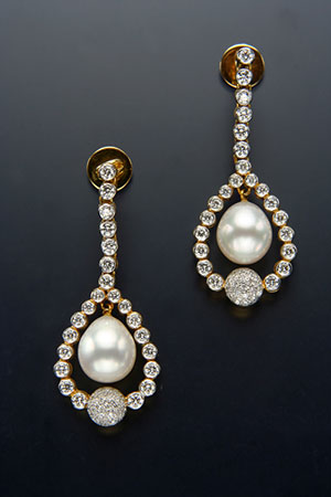 South Sea Pearl with diamond Tops